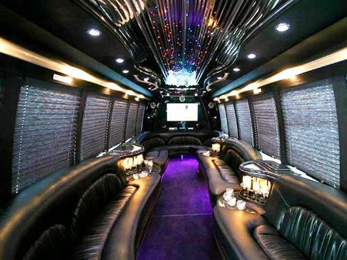 10-budapest-party-bus