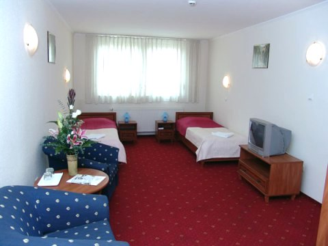 Photo of large quad room in budget Budapest hotel