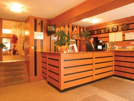 Photo of reception in 3 star Budapest hotel