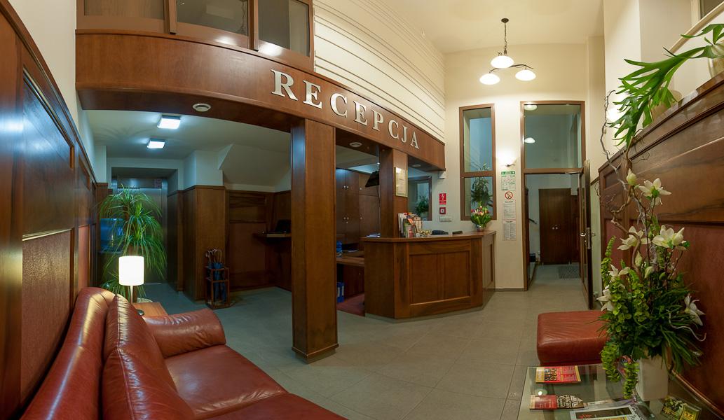 Photo of reception in 3 star Krakow hotel