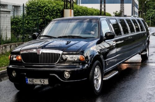 Airport Transfers - Luxury Limo Transfer in Riga with Stag