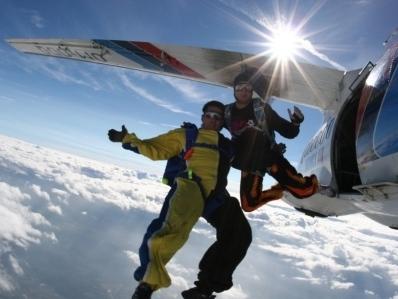 Tandem skydiving budapest