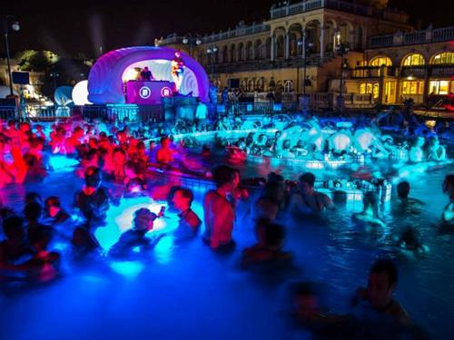 Thermal Baths Party