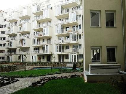Exterior photo of 3 star apartments in Budapest