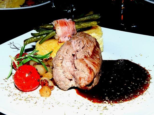 Krakow stripper dinner