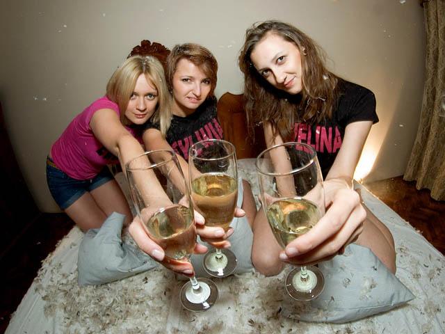 Girls krakow Common Scams